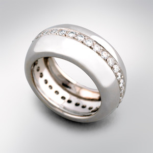 BR3 Diamond and white gold ring