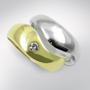 Wedding-and-engagement-ring-set
